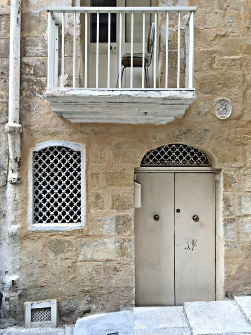 doors and windows valletta