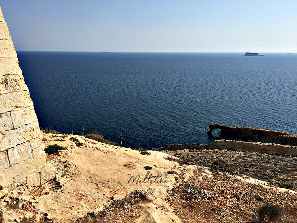 view of ghar hanex window from Tal-Ħamrija Coastal Tower