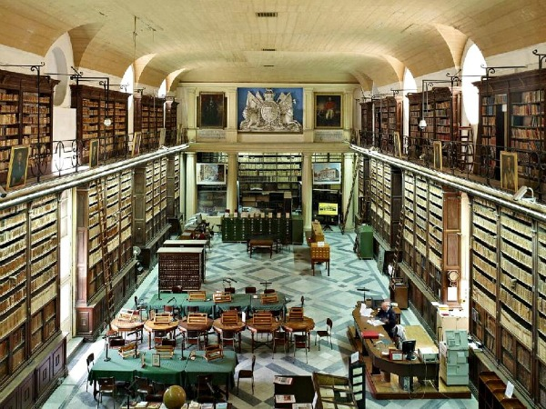 malta national library valletta