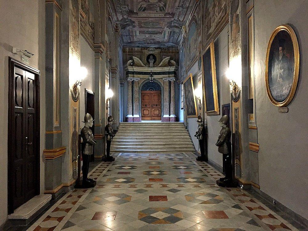 grandmaster's palace valletta, malta