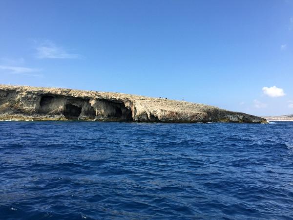hidden coral lagoon malta