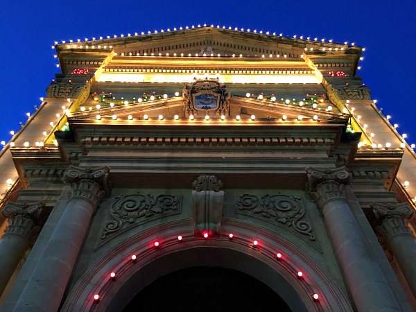 church lights qala feast