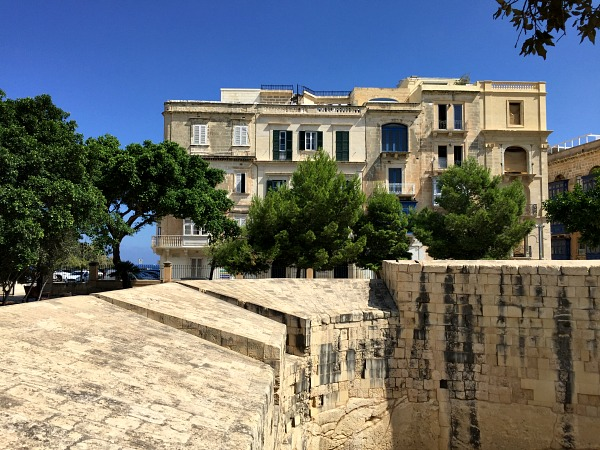 hastings gardens valletta