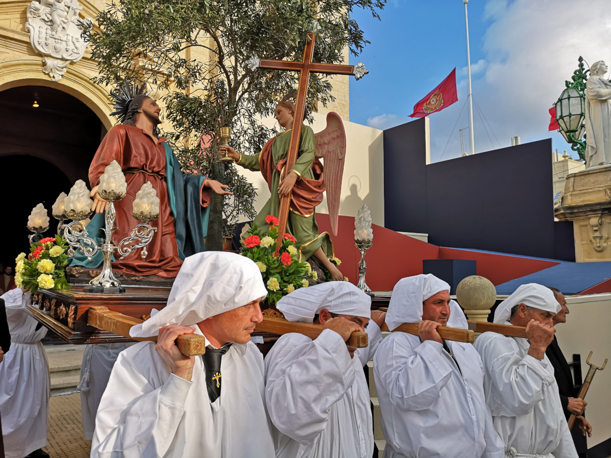 easter in malta procession