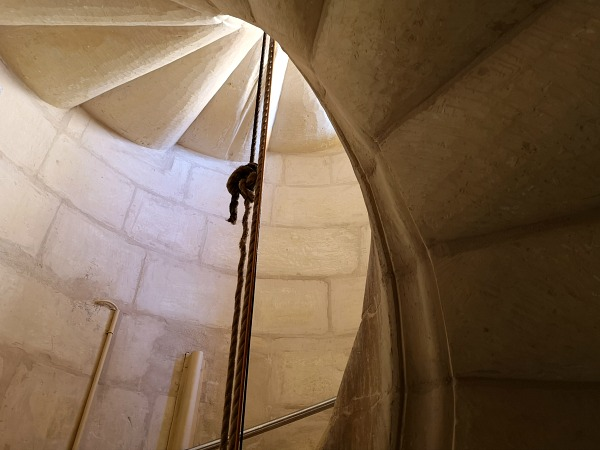 mosta dome stairs