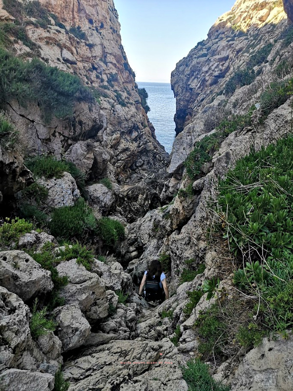 wied babu zurrieq lower trek