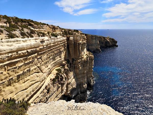 malta coast cliffs south