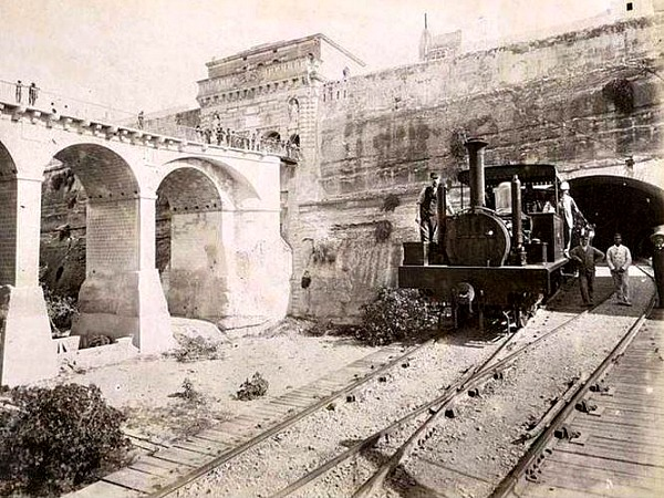 valletta train wikimapia