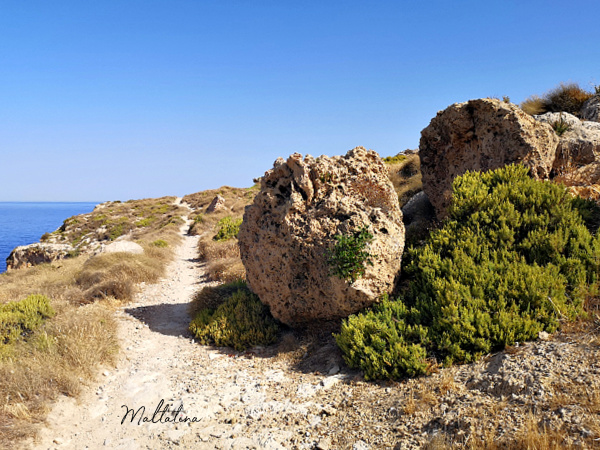 trekking in malta