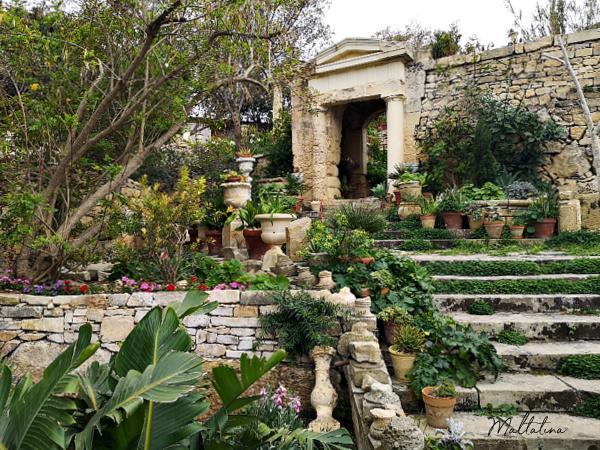 villa frere garden